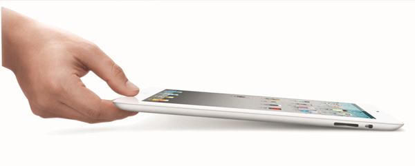 ipad2 white hand1 iPad 2, lançamento, pictures, Portugal, preços ipad2