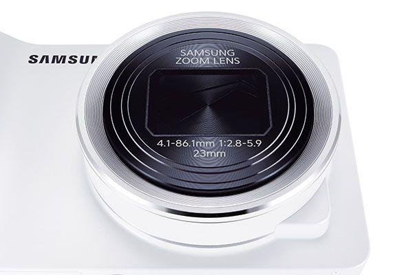 Samsung Galaxy Camera com uma lente de 21x