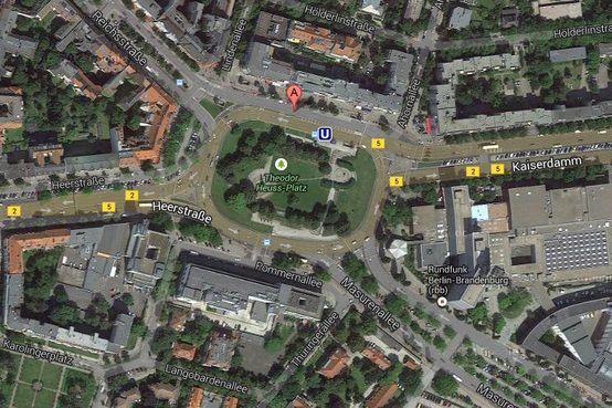 Google Maps Hitler Nazi