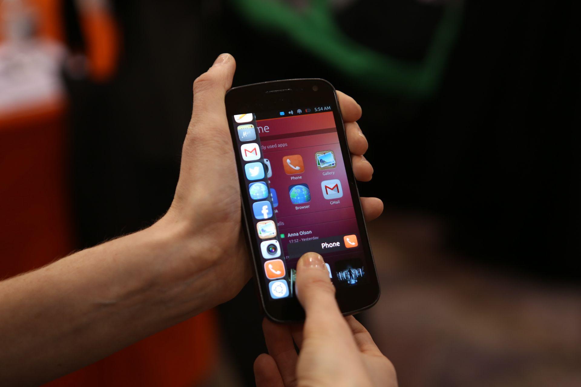 Canonical Ubuntu smartphone