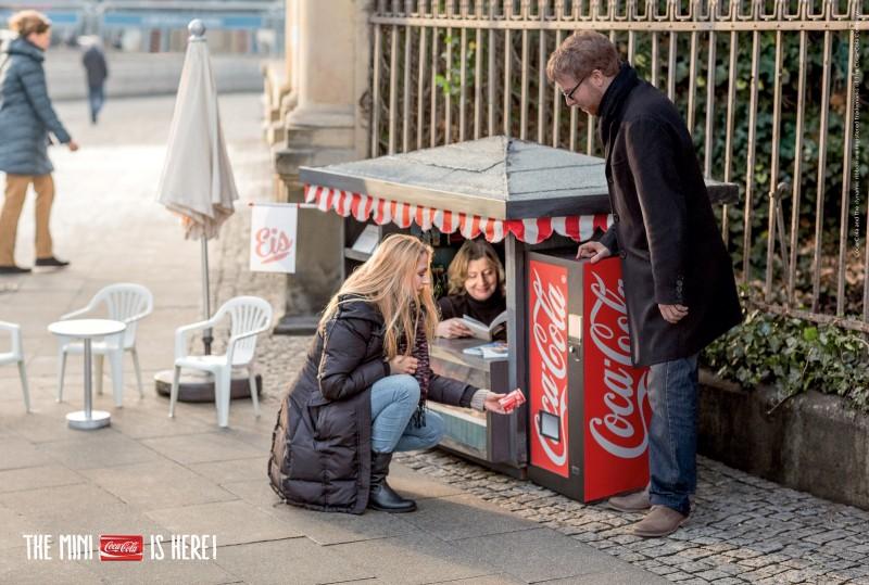 Reprodução campanha Coca-Cola mini