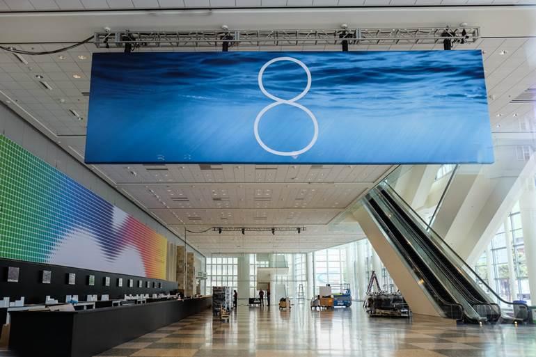 Banner utilizado na entrada da WWDC 2014 sugere lançamento da nova versão do iOS