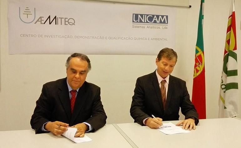 Horácio Pina Prata e Daniel Ettlin aquando da assinatura do Memorando de Entendimento para a criação do IDQ