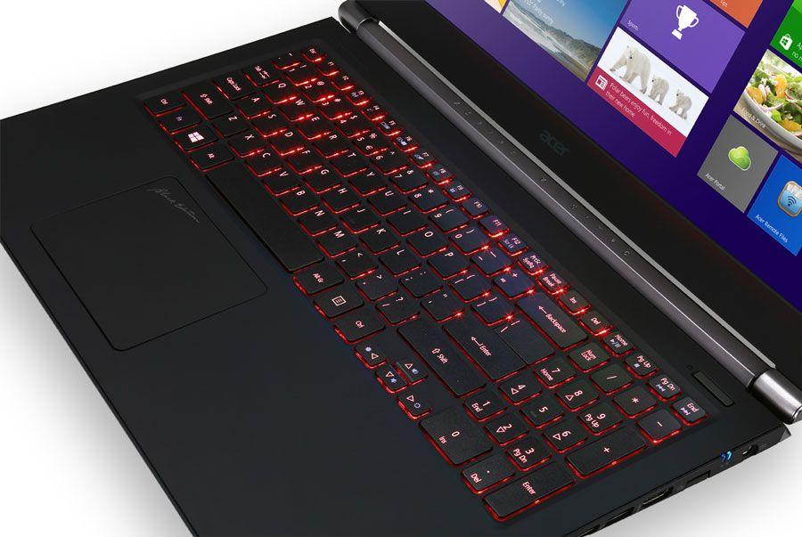 V Nitro Black Edition com ecrã 4K