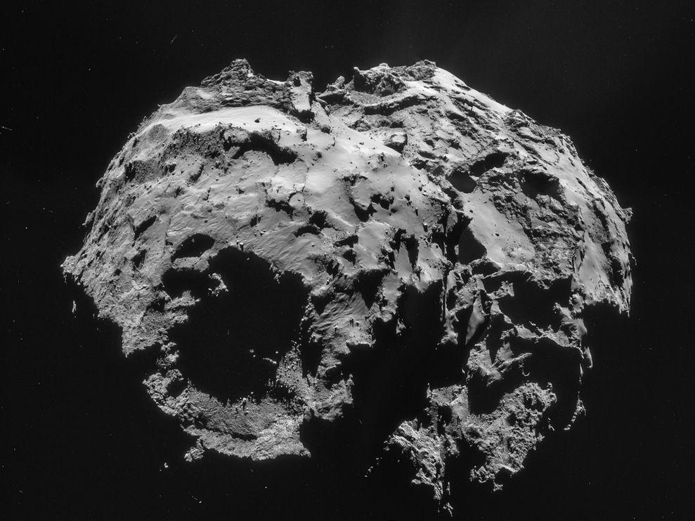 Imagem do cometa 67P/Churyumov-Gerasimenko composta por quatro fotografias tiradas pela sonda Rosetta. Crédito:ESA/ROSETTA/NAVCAM