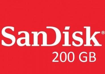 MWC 2015 SanDisk microSD 200GB