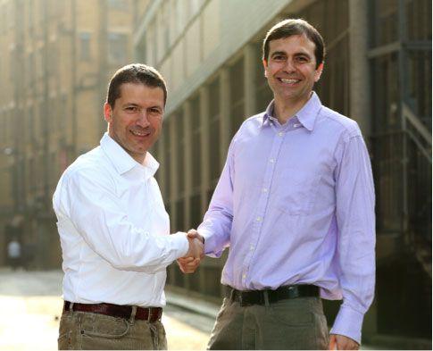 Alberto Spinelli (L), Diretor de Serviços Digitais da Canon Europa e  Nicholas Babaian (R), CEO e cofundador da Lifecake