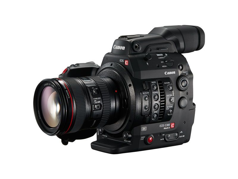 EOS-C300-Mark-II-FSL-24-105-f4L-Grip