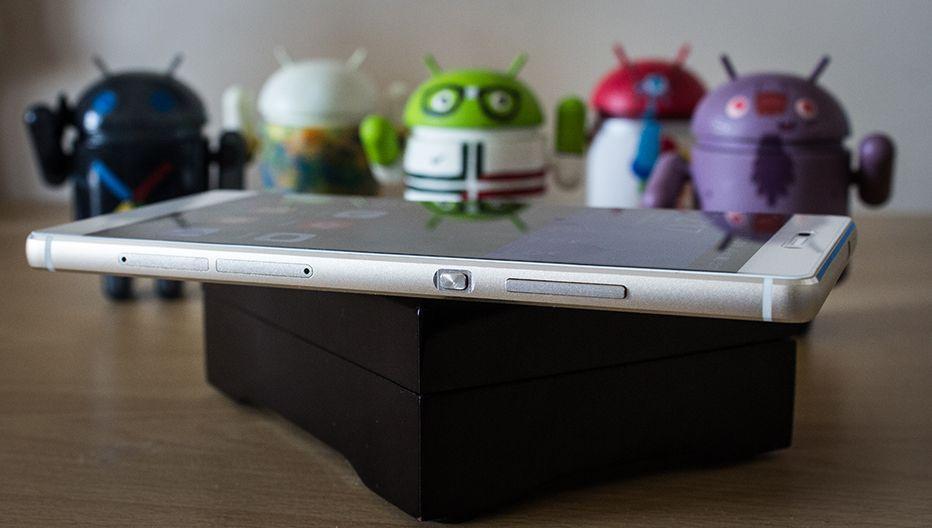 Huawei P8 - Botões e entradas