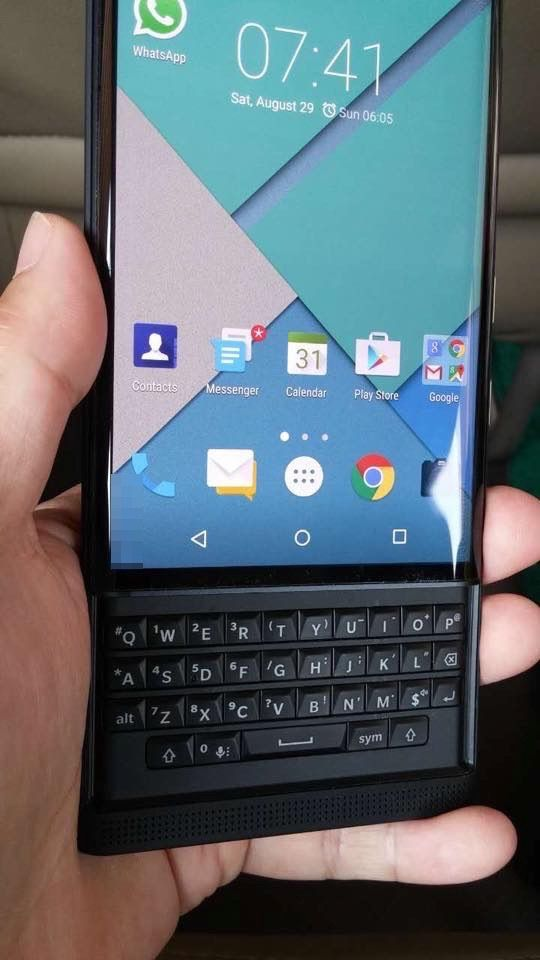 BlackBerry-Vince-Proto-05