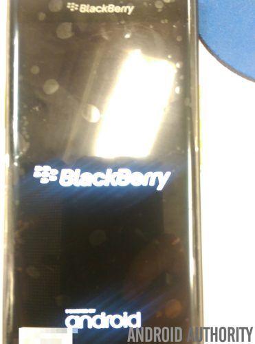 BlackBerry-Venice-AA-71-840x1132