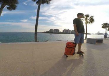 brasileiros inventam mochila skate