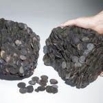 20 quilos de moedas de bronze
