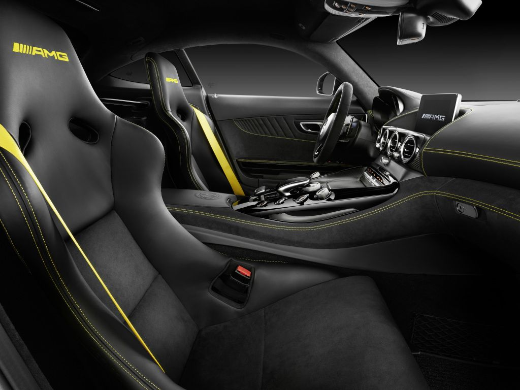 Interior do novo Mercedes-AMG GT R