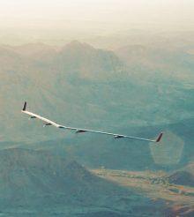 Avião do Facebook faz primeiro teste