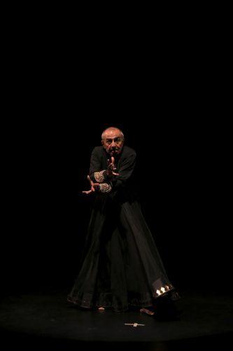 coreógrafo indiano Astad Deboo