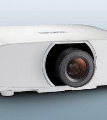 NEC apresenta 5 novos projetores de instalação com suporte Ultra HD