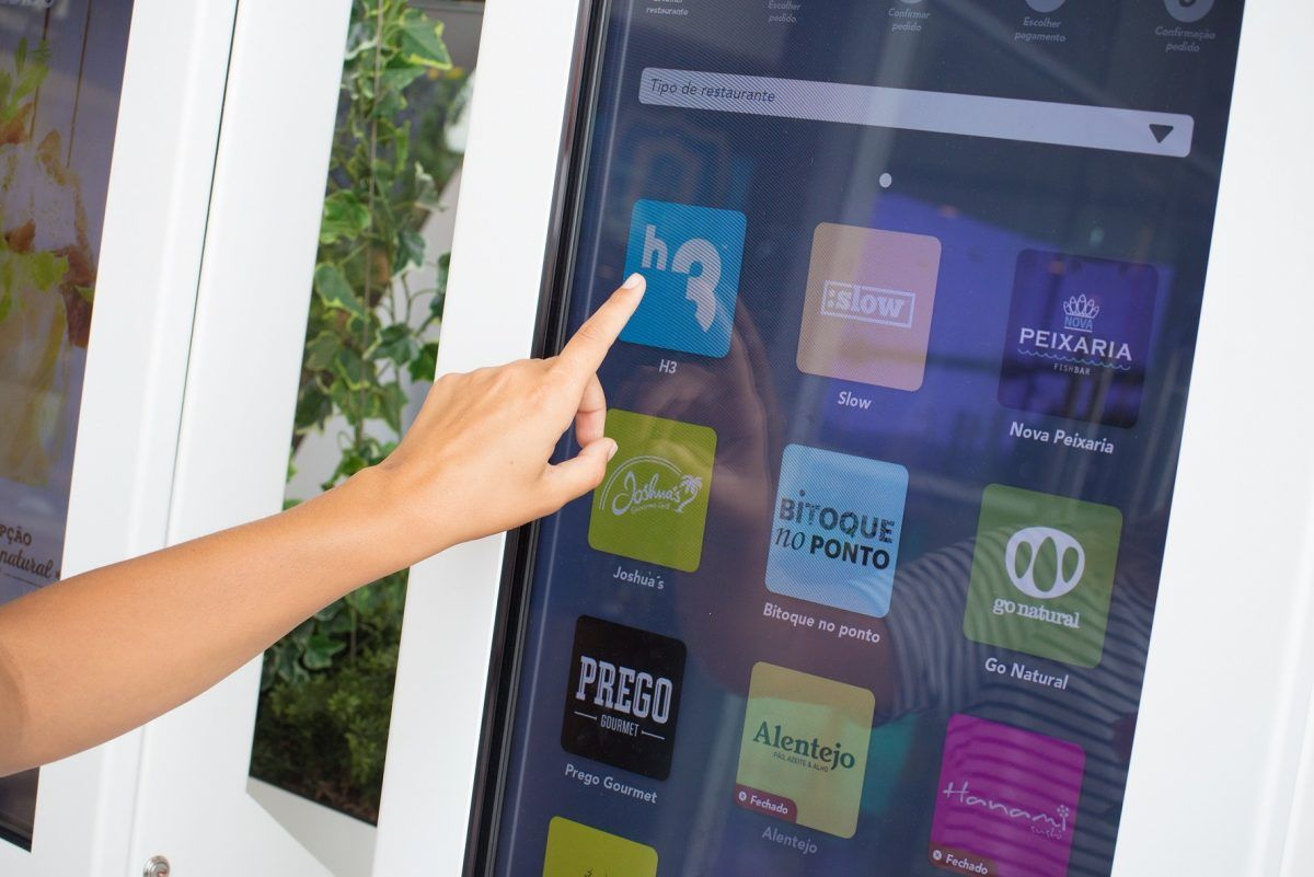 kiosks digitais self-service Levoo