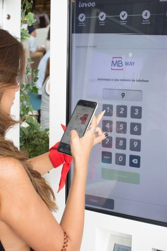 Kiosks digitais self service Levoo