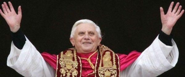 papa tweeta pela primeira vez Papa