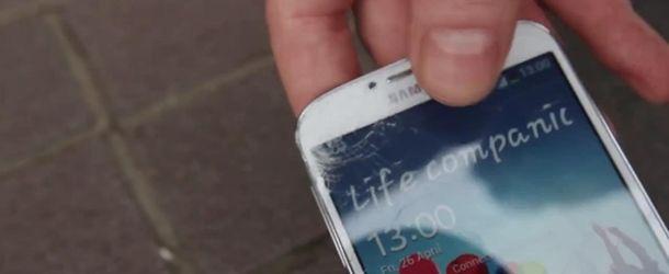 Samsung Galaxy S4 falha em teste de resistência