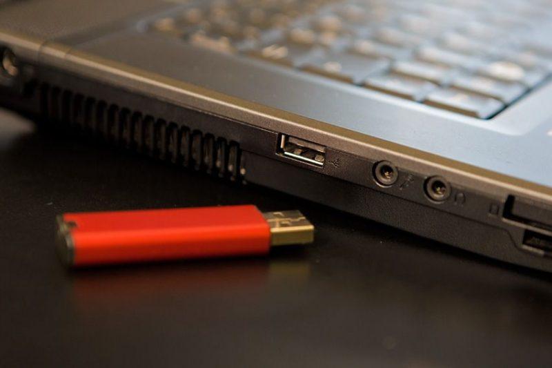 Kaspersky Labs alerta USB