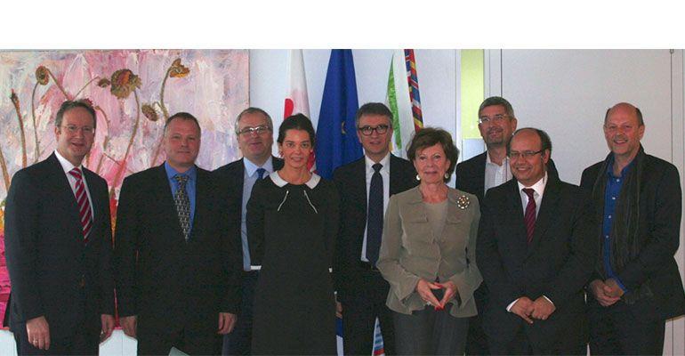 ECOTY-Finalists-meet-with-VP-Neelie-Kroes