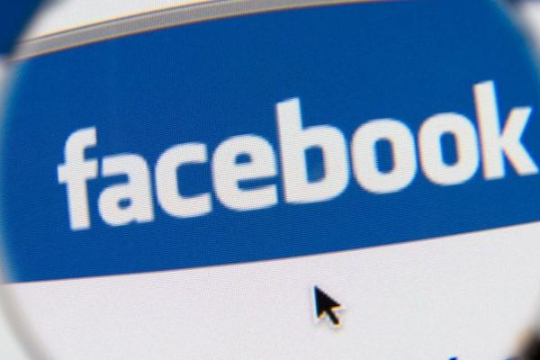 Facebook fecha serviço de email
