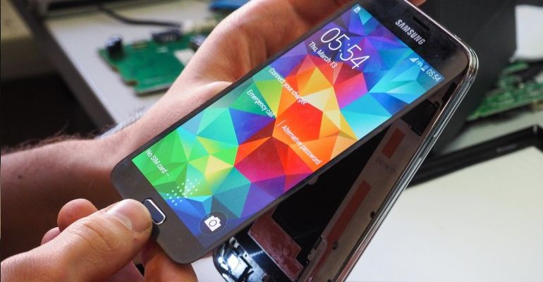 Samsung Galaxy S5 tear down