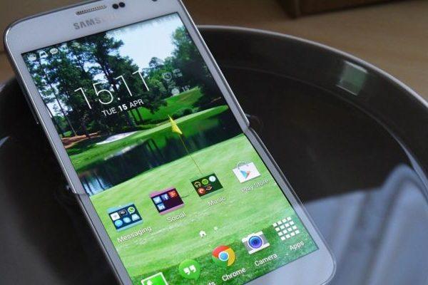Samsung Galaxy S5 Prime alumínio