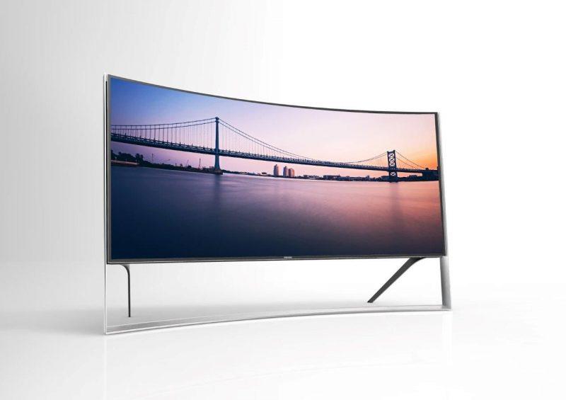 A maior TV UHD Curva do mundo
