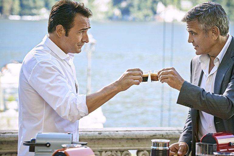 George Clooney e Jean Dujardin juntos na nova campanha Nespresso
