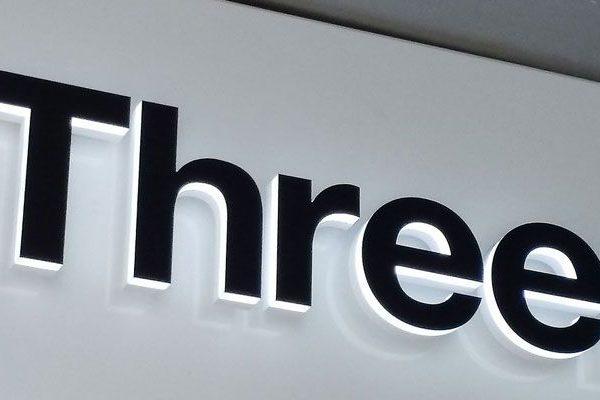 Google parceira com a Three