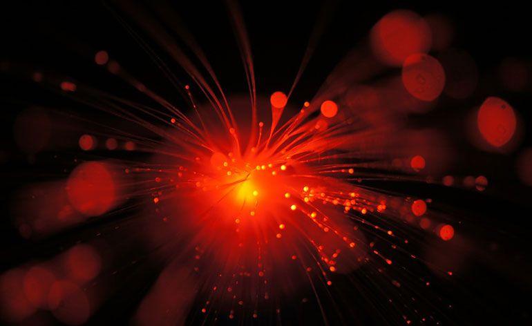 NEc tecnologia comutação ótica silício