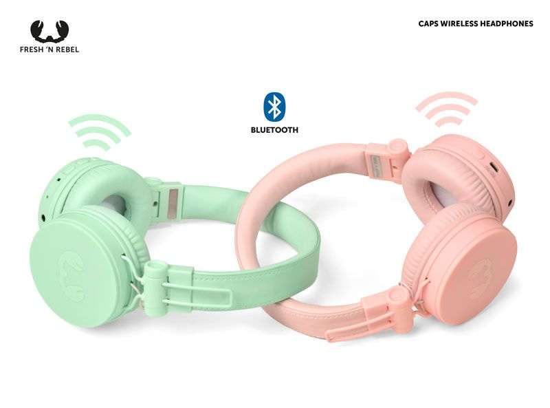 Caps-Wireless-Headphones_02