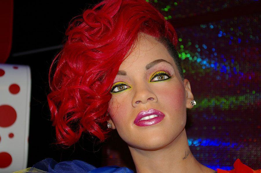 Rihanna é a artista feminina mais ouvida no Mundo