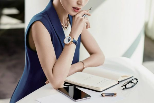smartwatch design feminino