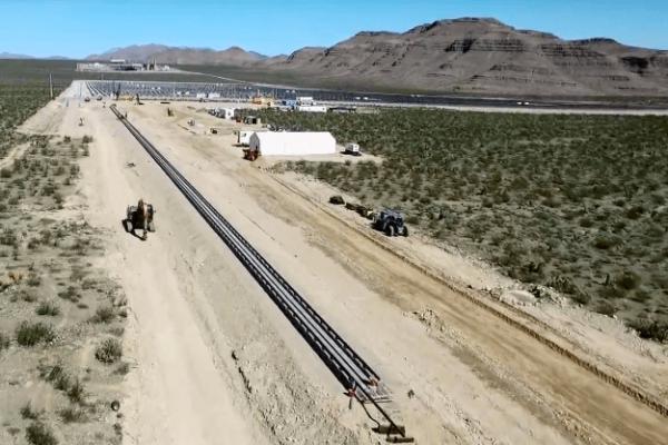 primeiro teste do hyperloop