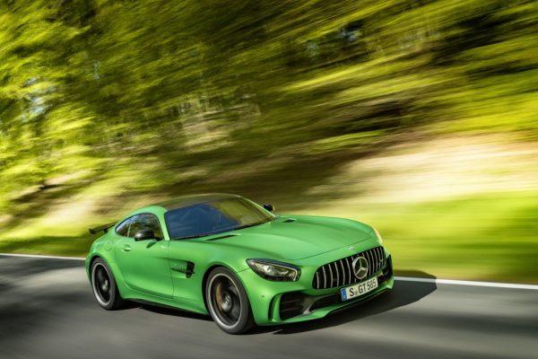 O novo Mercedes-AMG GT R
