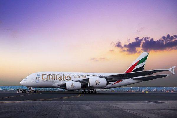 Emirates estabelece padrões para cuidados médicos a bordo