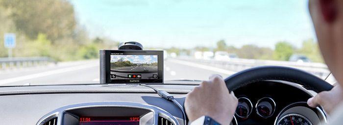Garmin Smartphone Link com informações gratuitas sobre câmaras de segurança em Portugal