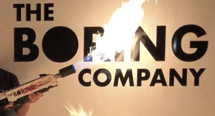Elon Musk lança-chamas