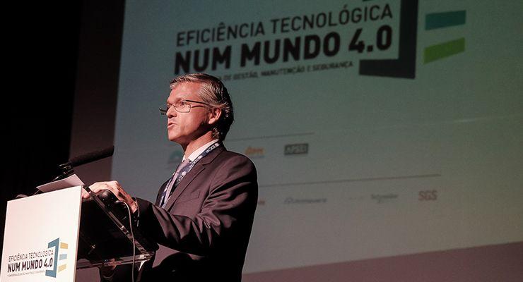 Conferência de Eficiência Tecnológica num Mundo 4.0 reuniu ilustre painel e surpreendeu plateia