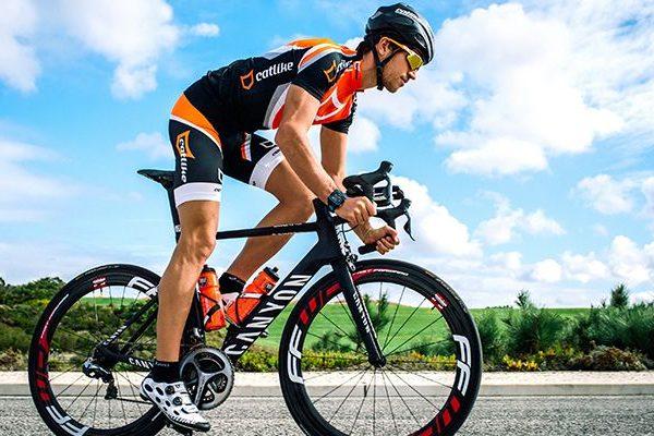 Atleta Olímpico de triatlo João Pereira apoiado pela Garmin