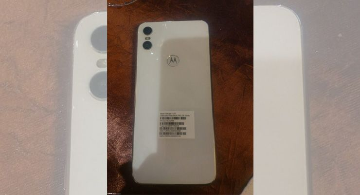 Motorola One branco - Techenet