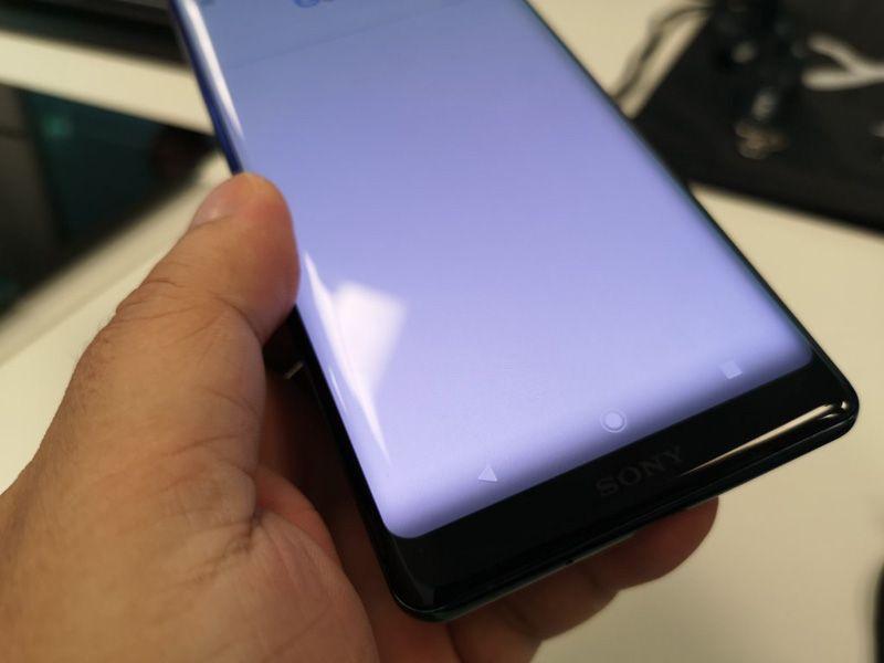Sony Xperia XZ3 ecrã curvo