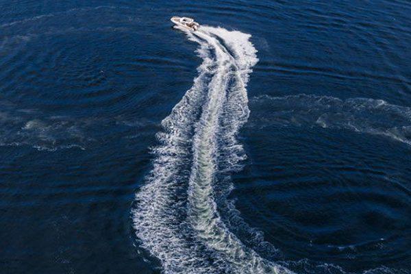 Garmin® apresenta novas antenas náuticas que oferecem acesso a televisão por satélite em alto mar