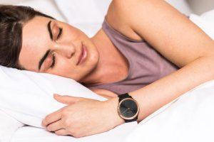 Quer ficar em forma mais depressa? Durma melhor. A Garmin® mostra-lhe como
