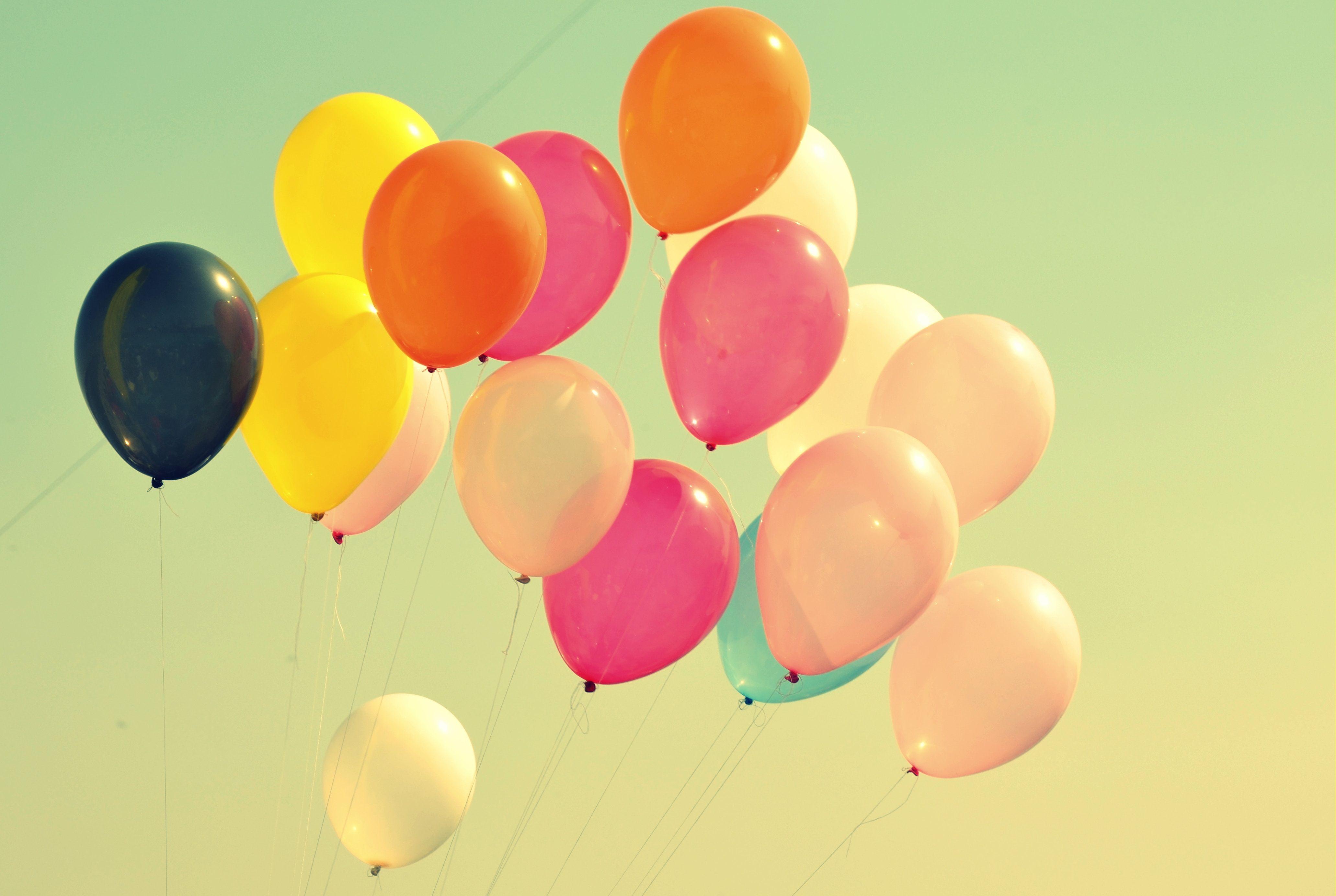 balões para os 25 anos Check Point