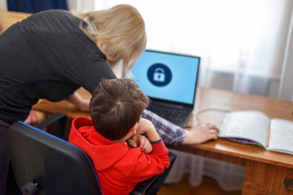 Controle Parental: Como Cuidar da Segurança do Seu filho na Internet
